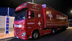 SK - Schöni >640< DAF XF 106.460 SSC (BonsaiTruck) Tags: schöni 640 daf nacht night nuit lkw lastwagen lastzug truck trucks lorry lorries camion caminhoes
