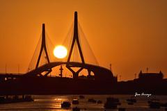 CADIZ PUENTE LA PEPA  PUESTA DE  SOL 01_01 (Jose Arroyo (Jasena)) Tags: jasena josearroyo puente constitucion mar pepa sunset cadiz puestadesol ocaso equinoccio otoño