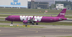 TF-GPA Airbus A321-211/W WOW Air (lee_klass) Tags: tfgpa wowair airbus airbusa321 airbusa321211w winglet a321 aeroplane jet airliner jetairliner airplane jetairplane jetliner aviation aviationphotography aviationspotter aviationenthusiast aviationawards aircraft aircraftphotography aircraftspotting jetaircraft twinenginedjet wow ww plane canonaviation canon canoneos750d canonef75300mmf456 amsterdamschipholairport amsterdam schipholairport schiphol netherlands eham ams planespotting travel airtransport airtravel transport vehicle