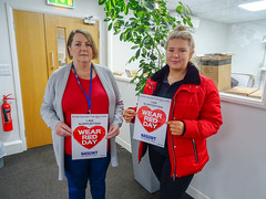 Show Racism The Red Card (nasuwt_union) Tags: red showracismtheredcard nasuwt happy support wearredday wrd18 uk man woman male female helping black white asian bme heart workers offices