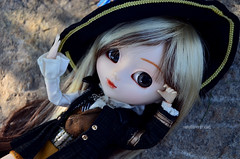 Resting   Pullip Assa (·Kumo~Milk·^^) Tags: pullip assa rewigged wig obitsu doll junplanning groove wendy
