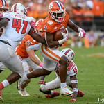 Travis Etienne Photo 4