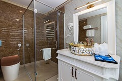 bathroom-ancora-cruises-1