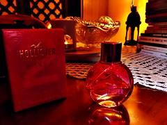 Hollister California Wave2 (Gabriela Andrea Silva Hormazabal) Tags: perfumes perfume parfum eaudeparfum hollister fuccia wave2 bottle