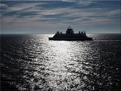 Ferry on the North Sea in the back light (Ostseetroll) Tags: deu deutschland geo:lat=5470695367 geo:lon=864789168 geotagged nordsee schleswigholstein dagebüll fähre gegenlicht ferry northsea olympus em5markii backlight