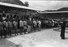 Album2film143-007 (Stichting Papua Erfgoed) Tags: stichtingpapuaerfgoed pace