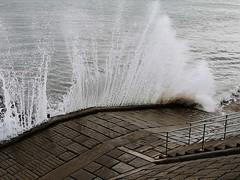 IMG_20180922_110847 (LezFoto) Tags: huawei huaweimate10pro mate10pro mobile cellphone cell blala09 huaweiwithleica leicalenses mobilephotography duallens aberdeenbeach aberdeen scotland unitedkingdom waves crashingwaves