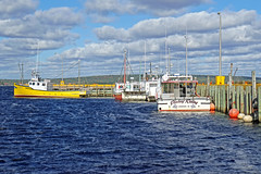 DSC03359 - Port Medway Wharf (archer10 (Dennis) 196M Views) Tags: sony a6300 ilce6300 18200mm 1650mm mirrorless free freepicture archer10 dennis jarvis dennisgjarvis dennisjarvis iamcanadian novascotia canada lighthouseroute southshore fishing boat portmedway boats wharf