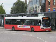 Rosso 1604 (YN05GXW) 28082018 (Rossendalian2013) Tags: transdevblazefield transdev rossendaletransport rosso bus bury interchange busstation scania wright solar readingbuses l94ub yn05gxw