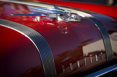 Star Chief (Burnt Umber) Tags: 55 pontiac hood ornament star chief clear acrylic chrome red 1955 american detroit classic antique car auto atomobile rpilla001 automobile west palm beach florida show carscoffee digitalisthedevil pentaxk5 september 2016 import german germany orange hippie van ©allrightsreserved tail light lamp dosemstic ford gm tamronsp70200mmf28