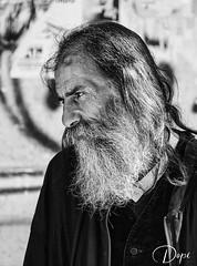 Robado (Dopior) Tags: 2007 hombre sociales retrato