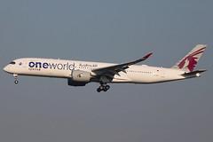 A7-ALZ | Airbus A350-941 | Qatar Airways (Oneworld) (cv880m) Tags: newyork jfk kjfk kennedy aviation airliner airline aircraft jetliner airplane a7alz airbus a350 359 350900 350941 qatar qatari qatarairways oneworld oryx