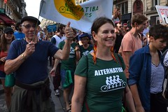 Climate change protesters march in Paris streets (Jeanne Menjoulet) Tags: climat change protesters manif marche manifestation environnement climate écologie alternatiba