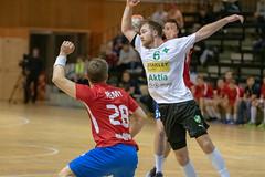 Dicken - GrIFK, MSM (aixcracker) Tags: handball handboll käsipallo suomenkäsipalloliitto dicken grifk helsinki helsingfors grankulla kauniainen britas pirkkola iso8000 nikond500 sports sport urheilu team lag joukkue october oktober lokakuu autumn höst syksy ball boll pallo
