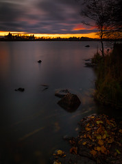 Lokakuu /October. Tuusulanjärvi in Finland october (tommi.hietaniemi) Tags: maisema myrsky night october instagramhiezu79 nature n b vanhankylänniemi canon canon1dmarkiii canon1740mml clouds cold auringonlasku aurinko autumn kylmä kallio järvi järvenpää järvimaisema heijastus finland wide sunset suomi sundown sky sun outdoor tuusula tuusulanjärvifinland reflection syksy