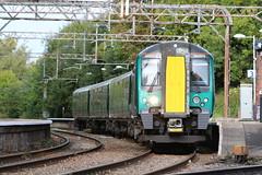 London Northwestern Railway 350375 @ Kidsgrove (uksean13) Tags: 350375 londonnorthwesternrailway emu kidsgrove train transport railway rail canon 760d ef28135mmf3556isusm