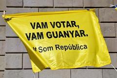 VAM VOTAR - VAM GUANYAR - #SOMREPÚBLICA (Yeagov_Cat) Tags: vamvotar vamguanyar somrepública 2018 barcelona catalunya plaçasantjaume plaçadesantjaume pancarta
