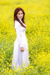 Vietnamese Ao Dai (Scottie Nguyen) Tags: canon vietnam vietnamese dress ao dai long women white yellow flowers spring