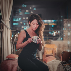 Coffee (Javier Garcia A.) Tags: portrait retrato woman girl nikon d800 50mm coffee