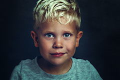 jayden (kim groenendal) Tags: portrait boys dutch almere fineart closeup studio canon flash emotion strong portret childphoto children