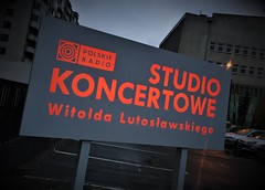 Session at the Polish Radio (roomman) Tags: 2018 warsaw warszawa poland polska capital polish radio studio koncertowe workshop warstaty ken burton kenburton witolda lutoslawskiego sign