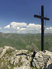 016 - eccoci in cima (TFRARUG) Tags: castellermo curenna liguria appennino apennines spring primavera prati fields church chiesetta trekking hike landscape panaorama