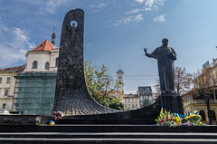 Taras Shevchenko Monument (yedmitry) Tags: ukraine lviv
