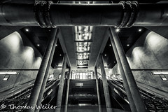 Köln 39_1 500px (1 von 1) (Thomas Weiler Fotografie) Tags: station tube monochrome architecture urban underground city metro subway tunnel structure cologne germany black white escalator pattern texture spotlight wide angle modern lines abstract perspective illumination reflections ubahnhof heumarkt köln thomas weiler fotografie moderne architektur