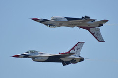 USAF Thunderbirds (zfwaviation) Tags: kafw afw alliance air show demonstration airshow airport aviation airplane plane jet fort worth texas usaf force f16 f16cm viper fighting falcon thunderbirds aerial demo