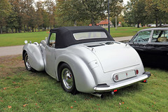 1948 Triumph 1800 Roadster (crusaderstgeorge) Tags: crusaderstgeorge cars classiccars 1948triumph1800roadster 1948 triumph 1800 roadster högbo sweden sverige silvercars cabriolet englishcars europeancars cool veterancar