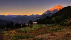 Alba 2... (Roberto Defilippi) Tags: 2018 582018 rodeos robertodefilippi tripod treppiede montagna mountain alba sunrise landscape