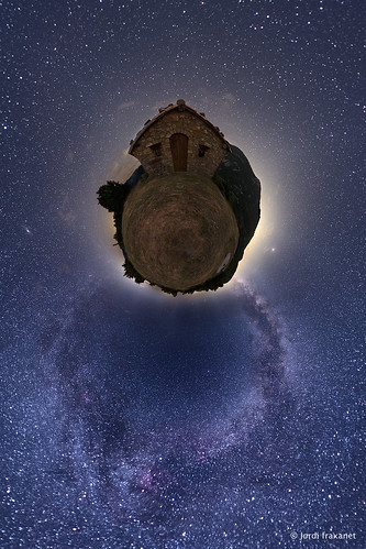 _DSC0181_Little planet 2