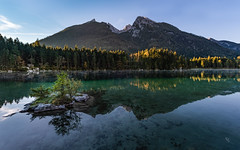 morning glow at Hintersee (ciwi.photography) Tags: hintersee berchtesgaden ramsau morning light autumn herbst mountains reflection germany deutschland bavaria water wasser lake see bayern trees bäume grün