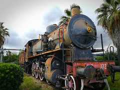 in carrozza,si parte... (silvia07(very busy)) Tags: locomotive train treno stazione railwaystation viaggio travel steam steamlocomotive locomotiva tender