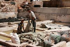 Souk des tanneurs de Marrakech (CORMA) Tags: marrakech maroc morocco souk tanneur 2009 afrique africa conciatore tanner marocco