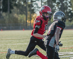 2018WP7-NWCOUGHM1061 (sumnervalleywolfpack) Tags: action activity athletics daylight football footballorganization outdoorsports outdoors performance practice recreation sportsgame sportsphotography teambuilding teamplayer teamspirit teamsports washingtonfootball wolfpack youthsports 98390 washington usa