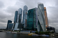 XE3F4353 - Centro Internacional de Negocios de Moscú - Moscow International Business Center (MIBC)  -  Московский международный деловой центр (Enrique R G) Tags: centrointernacionaldenegociosdemoscú moscowinternationalbusinesscentermibc московскиймеждународныйделовойцентр mibc moscowcity москвасити krasnopresnenskaya presnenskayaembankment moscú rusia moscow russia москва россия fujifilmxe3 fujixe3 fujinon1024