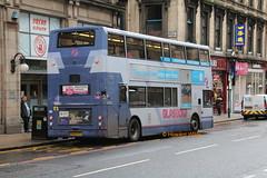 First Glasgow 33352 (LK53 FCY) (SelmerOrSelnec) Tags: firstglasgow transbus trident lk53fcy glasgow renfieldstreet centrewest bus rough unkempt