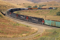 Childhood trainchasing in 1 photo (Ray C. Lewis) Tags: throwback fuji slides california union pacific transportation railroad railway railfan trains manned helpers southernpacific sp tehchapi