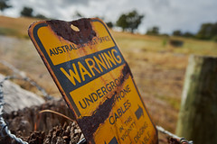 Warning (Stueyman) Tags: sony a7 a7ii zeiss batis batis225 25mm perth wa westernaustralia au australia