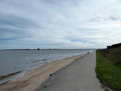 Isle of Grain coast (Alex-397) Tags: grain peninsula kent medway coast uk britain england