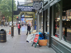 Charing Cross Road. 20181018T06-29-21Z (fitzrovialitter) Tags: england gbr geo:lat=5151191000 geo:lon=012849000 geotagged leicestersquare stjamessward unitedkingdom peterfoster fitzrovialitter city camden westminster streets urban street environment london fitzrovia streetphotography documentary authenticstreet reportage photojournalism editorial daybyday journal diary captureone olympusem1markii mzuiko 1240mmpro microfourthirds mft m43 μ43 μft ultragpslogger geosetter exiftool rubbish litter dumping flytipping trash garbage beggar vagrant homeless