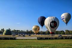 Mongolfiere - Balloons (MaOrI1563) Tags: mongolfiere mongolfiera balloons balloon firenze florence toscana tuscany italia italy ippodromodelvisarno festivaldellemongolfiere2018