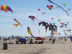 SunFest Fun by Ken Morris (Maryland DNR) Tags: 2018 photocontest recreation kites oceancity summer