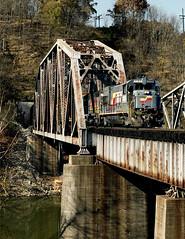 Ford KY Monday October 31st 1988 1100EST (Hoopy2342) Tags: train rail railroad railway csxt csx ford kentucky kentuckyriver bridge tunnel