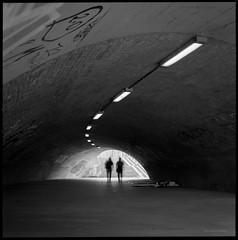 - (Konrad Winkler) Tags: berlin domtunnel strase unterführung licht passanten langzeitbelichtung kodak100tx mittelformat 6x6 hasselblad503cx epsonv800