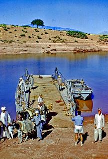 Vintage Kodachrome. August 1954. Maroc. Haut Atlas. Le Bac du barrage de Bin el Ouidane.