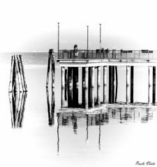 Imbarcadero (Pablos55) Tags: imbarcadero bianco acqua lago ormeggio riflessi mooring pier white water lake reflections