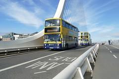 AX 518 Samuel Beckett Bridge 20/10/18 (Csalem's Lot) Tags: samuelbeckettbridge ax518 ax486 15a 15b dublin bus alx400 ax volvo