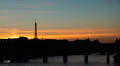 Paris Skyline (MF[FR]) Tags: dusk sunset sun silhouette skyline sky paris eiffel tower tour france îledefrance architecture cityscape bridge pont seine river fleuve coucher de soleil